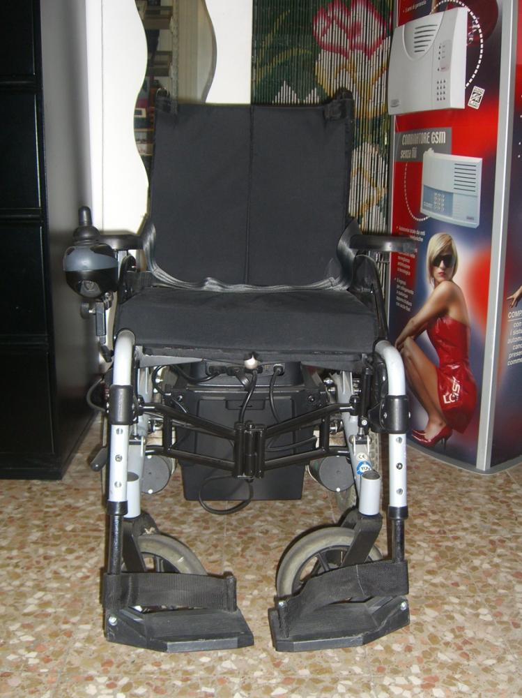Occasione sedia a rotelle elettrica - Sedia a dondolo usata ...